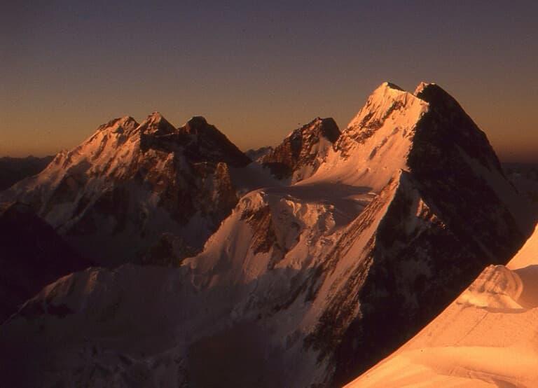 Broad Peak y Gasherbrums desde el K2
